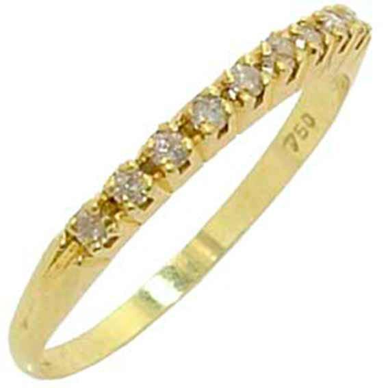 d92a5afb690a7 Meia aliança de brilhantes em ouro amarelo 18k - 1MAB0036 Diamante ...