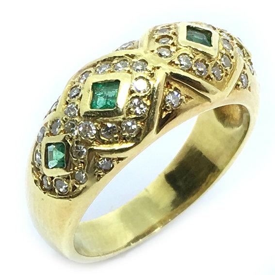Anel em ouro 18k com brilhantes e esmeraldas - 2ABE0010 Esmeralda na ... d90dda8c58