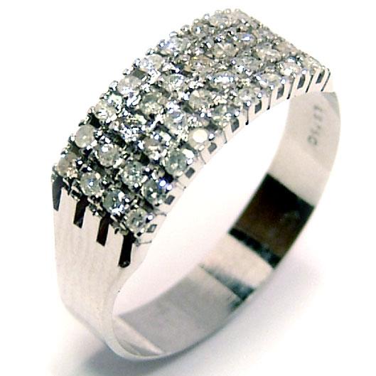 efe9fbba83c67 Meia aliança de diamantes em ouro branco 18k Diamante na Monte Blanco