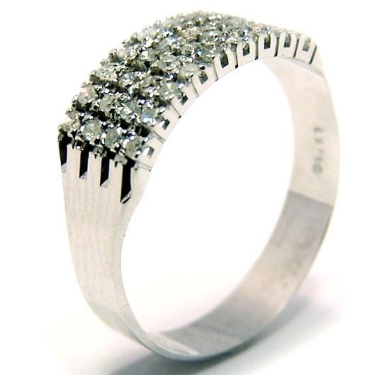 1f7d003f4c0c3 Meia aliança de diamantes em ouro branco 18k Diamante na Monte Blanco
